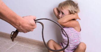 Veszekednek a szülők? Talán a gyereket is verni fogják!