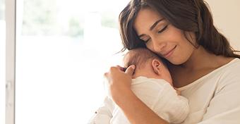 Szülés utáni első év: lelki változások az anya szemszögéből