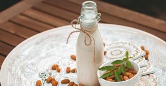 A kisgyerekeknek is adhatunk növényi tejpótlót?