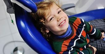 Van, ahol 3 évig kell várnia egy gyereknek a fogszabályozásra