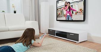 A négyévesek már hajnali ötkor tévéznek?