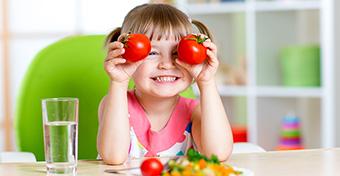Így vedd rá a gyereket, hogy megegye a zöldségeket!