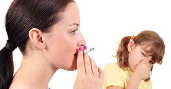 Nagyobb eséllyel híznak el a dohányosok gyerekei