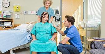 Milyen érzés a szülési fájás?