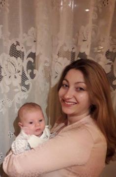 6 hetes Emma babával
