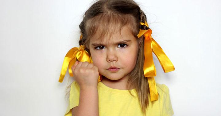 Így reagálj, ha agresszív a kicsi