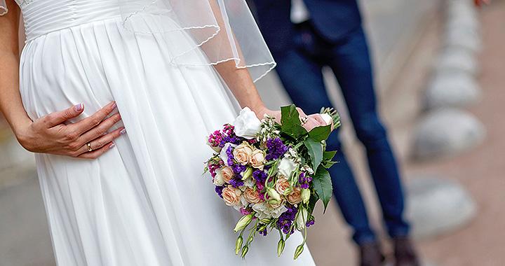 Ilyen közokirat lehet például a házasságkötéshez szükséges születési anyakönyvi.