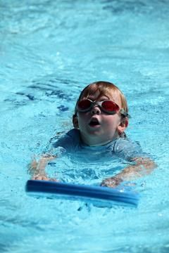Általában nem tanulnak meg úszni a gyerekek egyetlen nyár alatt 5ad79296cb