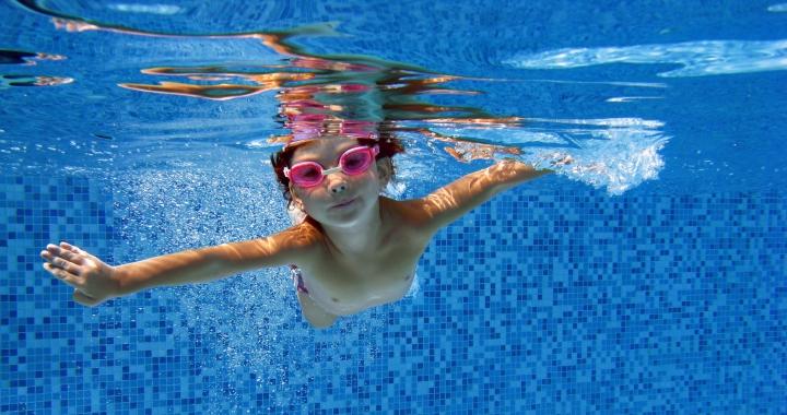 Úszásoktatás gyerekkorban - erre kell figyelni! 5fd97b24d3