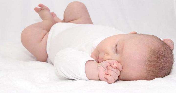 újszülött száraz bőr kezelése