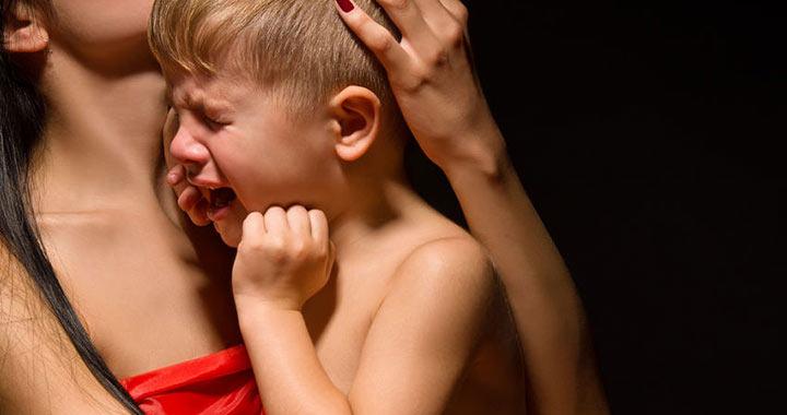 csecsemő agyrázkódás tünetei