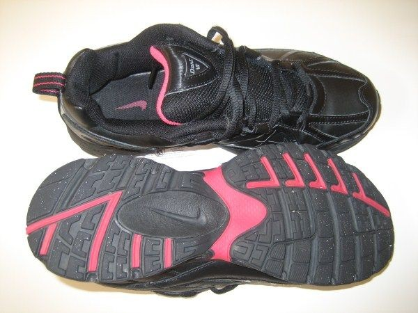 Fekete nike cipő rózsaszín pipával   Véglegesen archivált témák   Fórum 193bc90fba