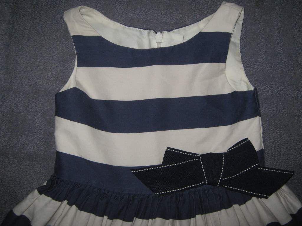 cae518b1d8 Eladó egy 98-as gyönyörű kék fehér csíkos Next nyári kislány ruha.Egy  kicsit látszik már a színén a használat,ill. az egyik kék csíkos van egy  fehér pötty ...