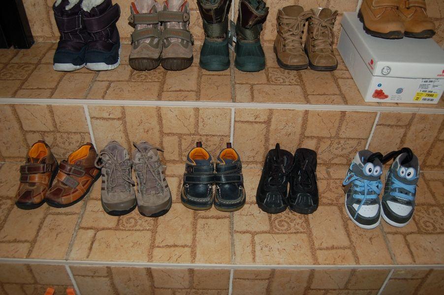 94c8c70bfd Next UK5 kb. 22-es ÚJ CÍMKÉS szörnyes tornacipő. Clarks doodles UK 6 23-as  vászon tornacsuka. Cherokee goody 23-as ÚJ cipő