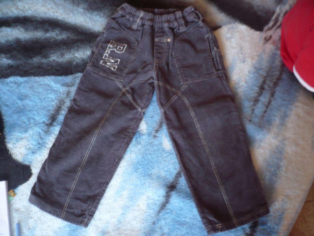 c208c80ea5 Kisfiú ruhák (92-110) és lábbelik (21-27) eladók!!!! / Adok-veszek ...
