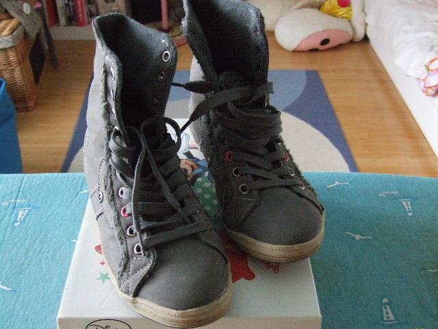 Eladó 33 35 ig lányos cipők, bakancsok, csizmák + hoki kori