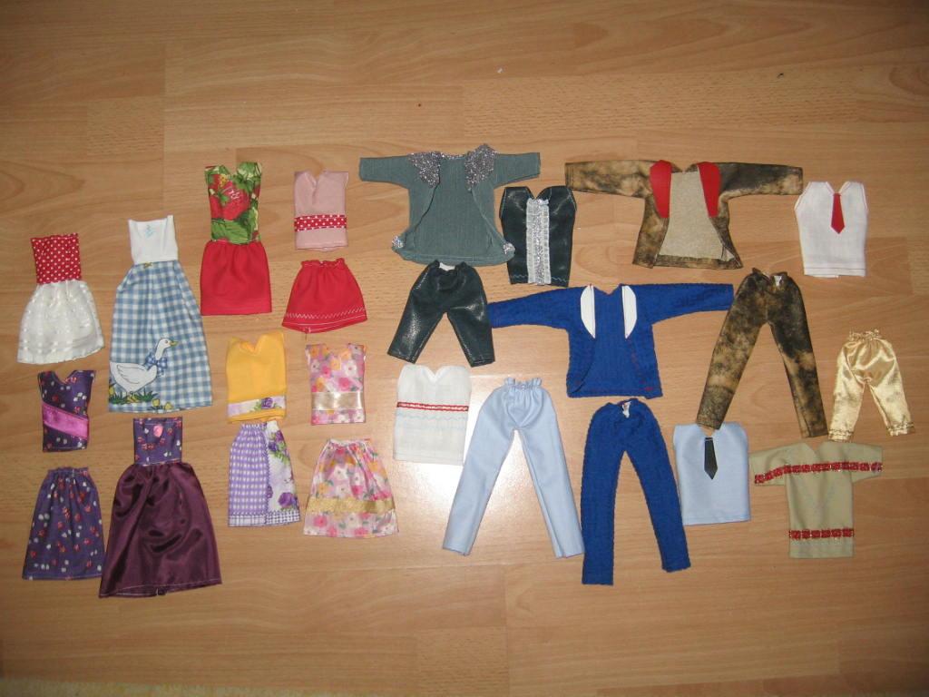 6013082f0f 25db fiú ,lány barbie ruha csomag eladó 1800,-Ft / Adok-veszek / Fórum