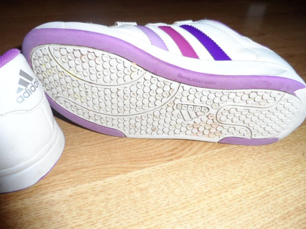 Es Kislány Archivált Adidas 31 CipőÚjszerűOlcsónVéglegesen 8wOn0kPX