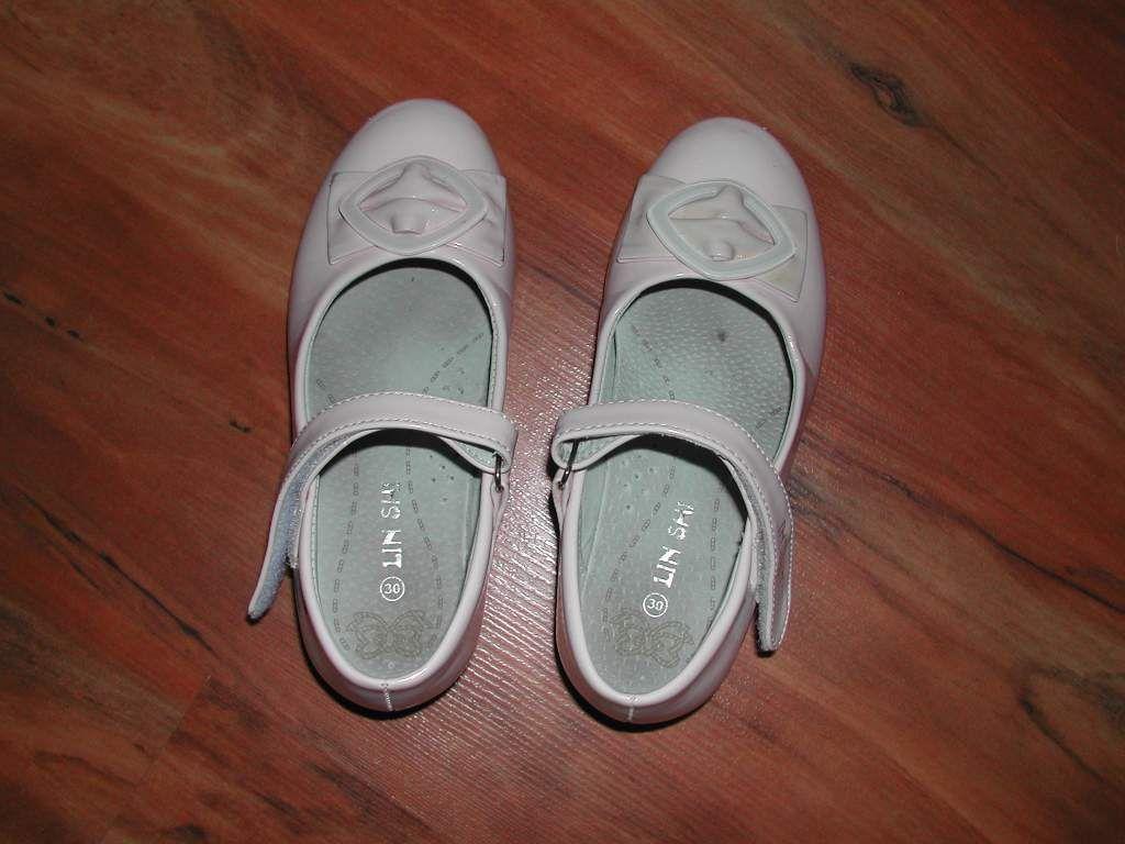 116 os csajos kabik, sapik, naci, harisnya, 2829 es cipők