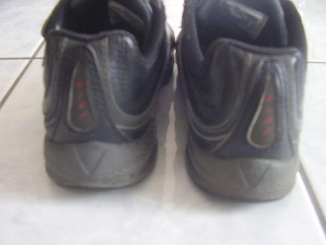 NIKE fekete bőrcipő   Véglegesen archivált témák   Fórum 08d81eb09e