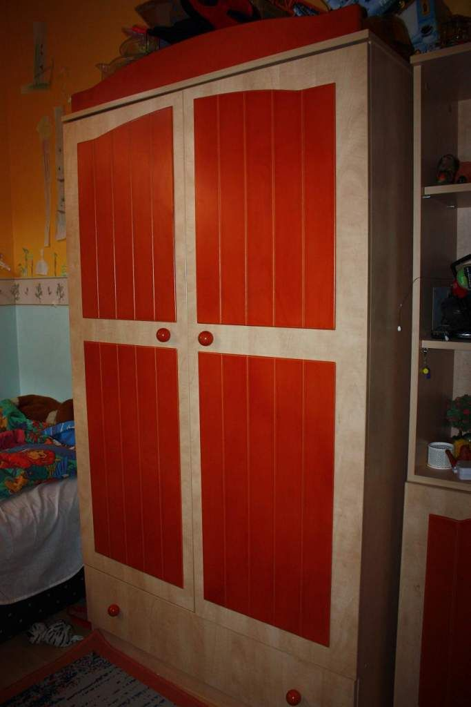 Faktum vörös róka gyermekbútor eladó bútor