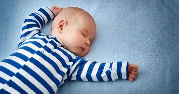 A 6-12 hónapos babák alvási szokásai