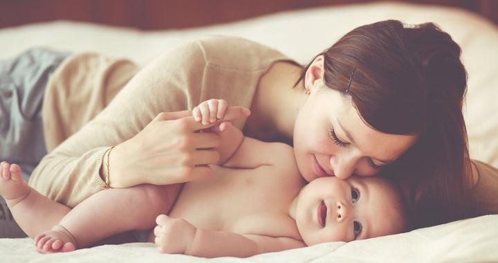 Kiderült, a babaillat az egészségünkre is jó hatással van