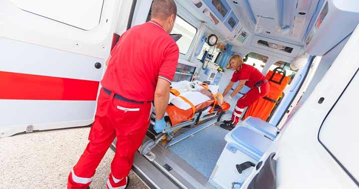Így segítsd az utakon a mentőket!