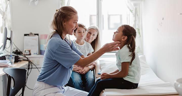 A járvány alatt a házi gyerekorvosok 40 százaléka esett ki a rendszerből