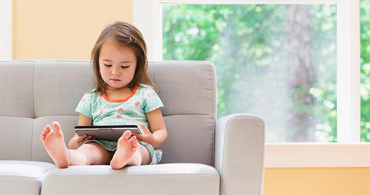 """""""Úgy hat a gyerekre a képernyő, mint a drog"""" - állítja egy szakértő"""