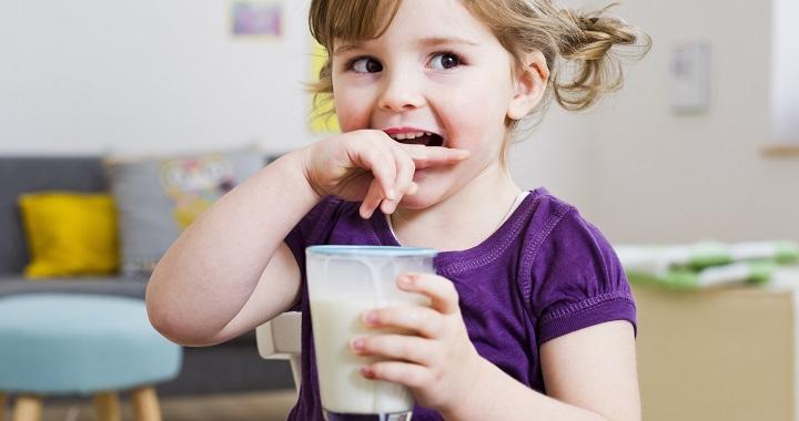 Mit és mennyit kellene innia egy gyereknek?