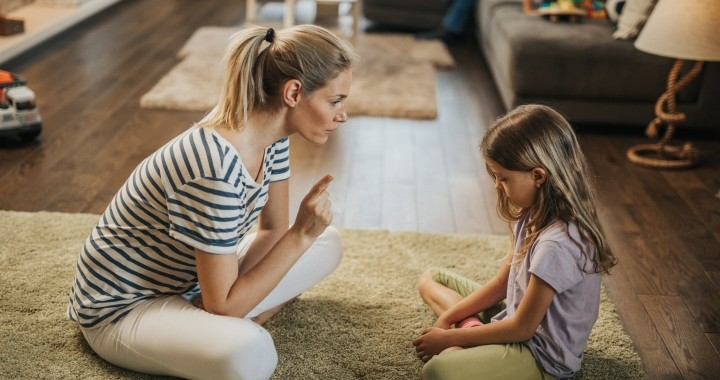 9 mondat, amit nem kellene használnod a gyermeked fegyelmezésekor