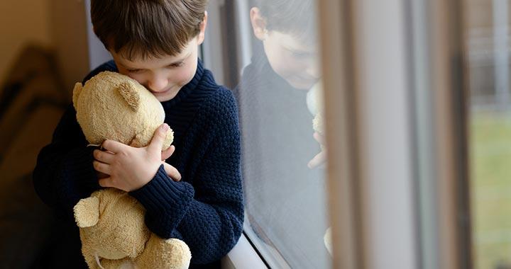 Visszakerül a hányattatott sorsú kisfiú a nevelőszülőkhöz