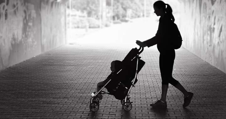 Soha nem voltak ennyire magányosak az anyák