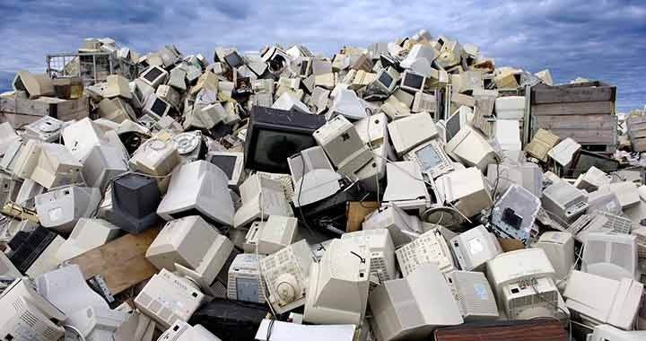 Súlyosan veszélyeztetik a gyerekek egészségét az elektronikai hulladékok