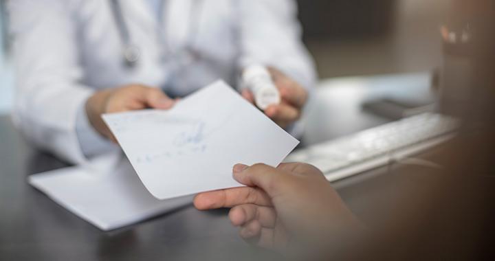 Megbénítja a házi gyermekorvosok munkáját a szigorítás