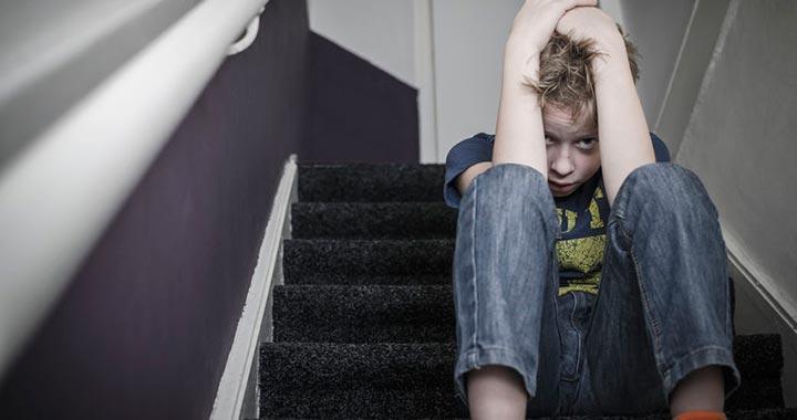 Nehezen, de semleges�thet�k a gyermekkori probl�m�k