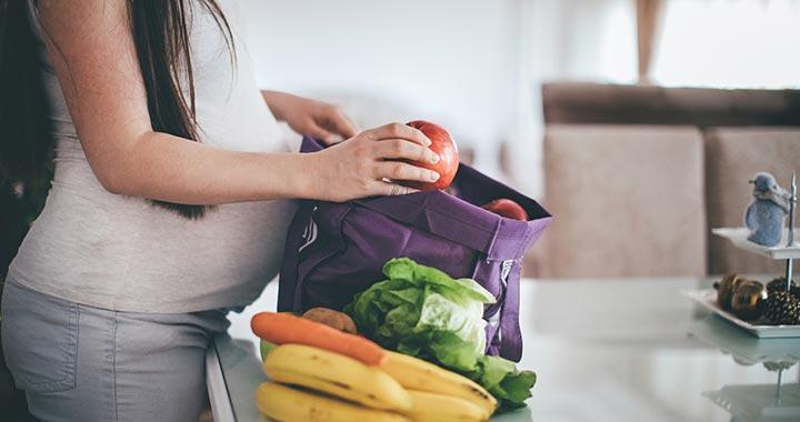 Milyen gyümölcsöket érdemes enni a terhesség alatt?