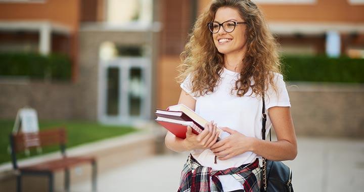 Nem kell nyelvvizsga a felsőoktatási jelentkezéshez