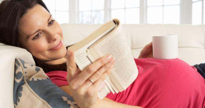 7 könyv, amit mindenképp olvass el a terhességed alatt