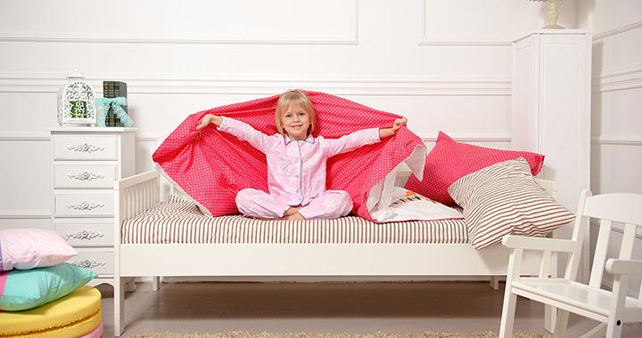 Kiságyból nagyágyba: mikor és hogyan szoktassuk át a gyereket?