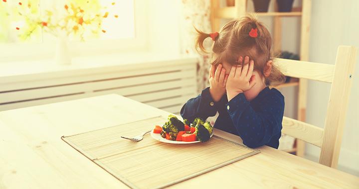 Így veheted rá a gyereket, hogy megegye a zöldségeket!