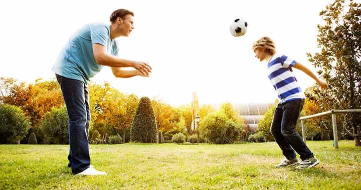 Tilos a fociban a fejelés 12 év alatt