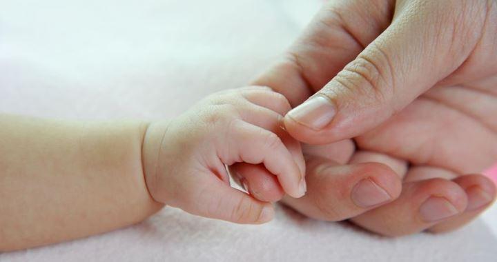 Nincs többé anya és apa, csak szülő 1 és szülő 2