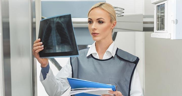 Kipróbálták, áteresztik a röntgensugarakat az ólommellények