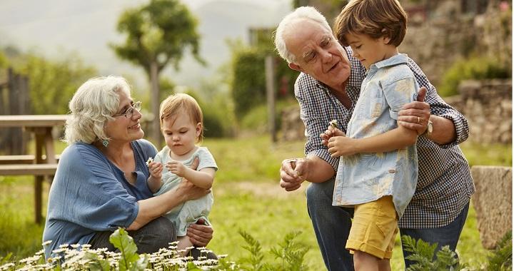 3 dolog, amit  a nagyszülők a jobban csinálnak a szülőknél