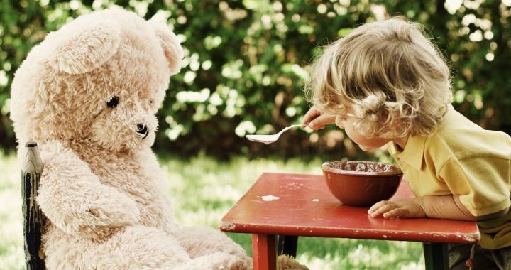 Miért szeretik a gyerekek a plüssállatokat?