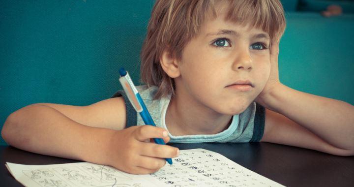 Semmi nem bizonyítja, hogy az orrspray megvédi a gyerekeket a vírustól