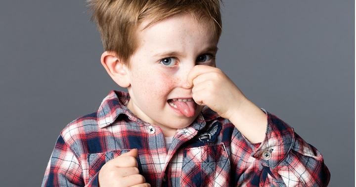 Segítség, piszkálja az orrát a gyerek! Hogyan szoktassuk le?