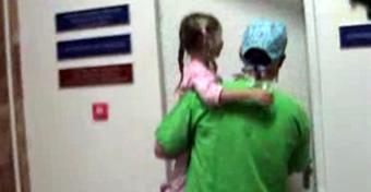 Mi történik az orrmandula-műtét napján a kórházban?